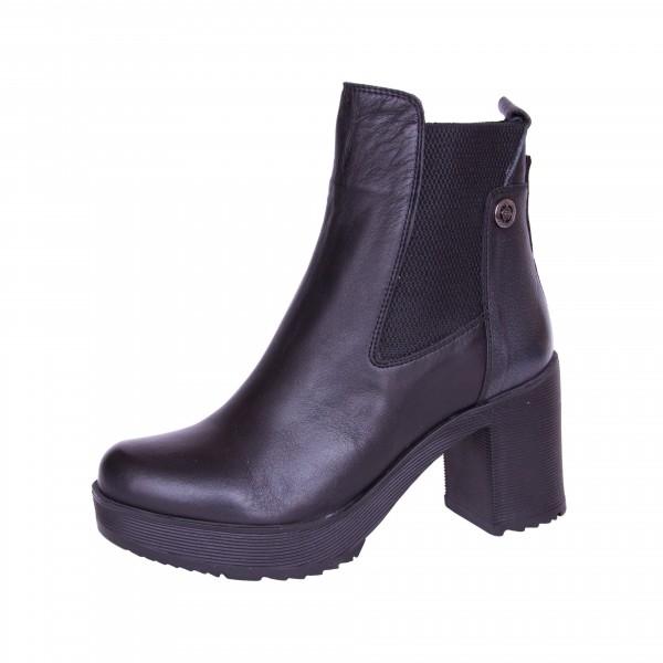 Ботинки на каблуке Pepol