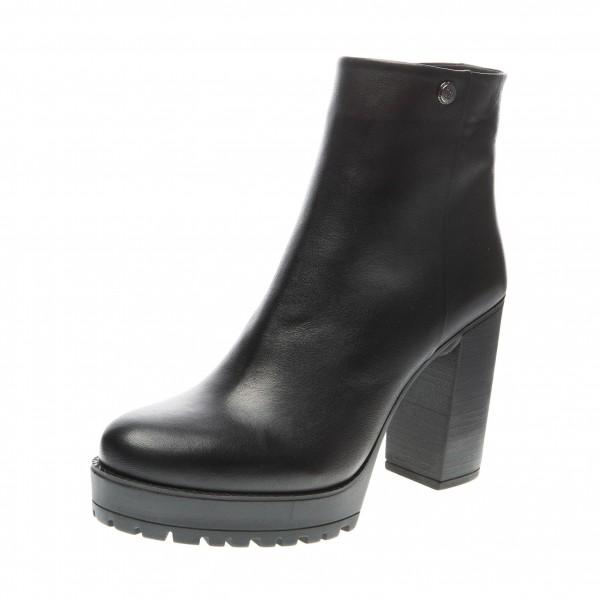 Ботинки на устойчивом каблуке Molly Bessa