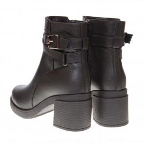 Ботинки на удобном каблуке Favi
