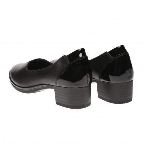 Туфли на удобном каблуке Verona