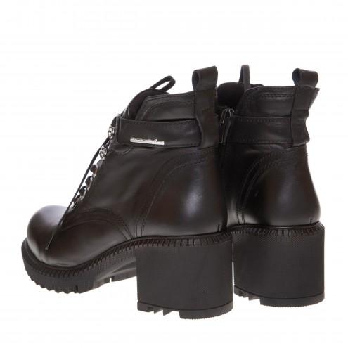 Ботинки на удобном каблуке MD