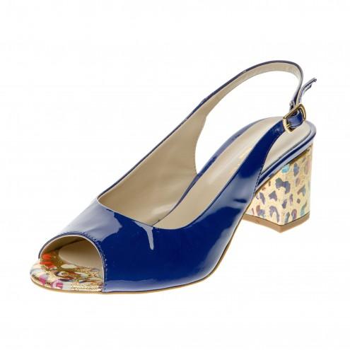Босоножки на устойчивом каблуке Donna Style