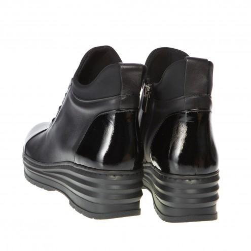 Ботинки на танкетке Melis